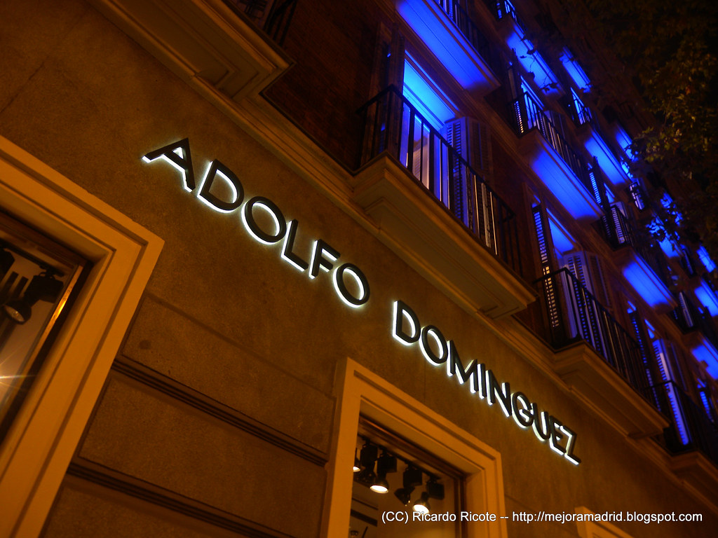 Adolfo dominguez flagship store madrid serrano ricardo for Adolfo dominguez serrano 96
