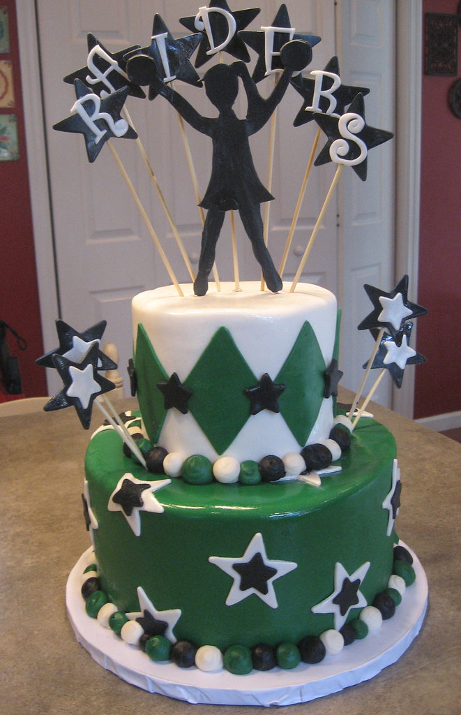 Raiders Cheerleading Tiered Cake Amanda Brooks Flickr