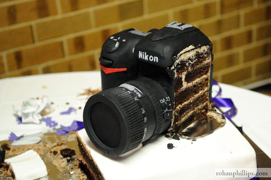 Nikon Cake  View: original size