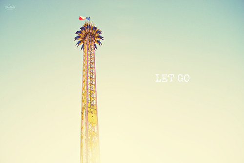 Let Go | by Libertad Leal