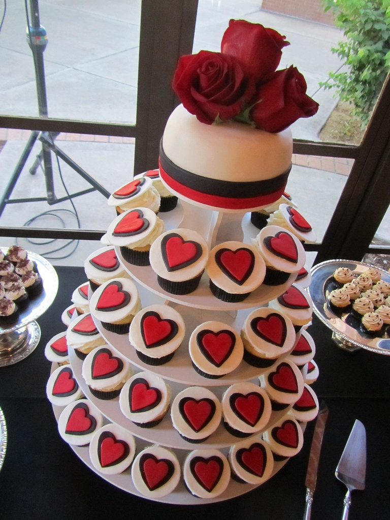 Red and Black Heart Wedding Cupcake Tower Strawberry Short Flickr