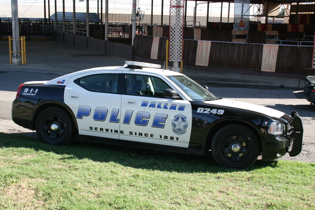 Dallas Police Dodge Charger Dallas Police Charger Parked