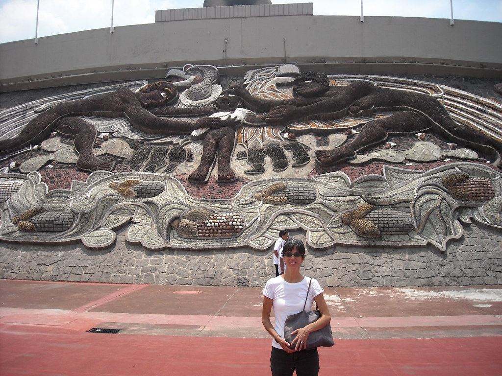 Diego rivera 39 s mural at the olympic stadium cu df mexi for Mural de rivera