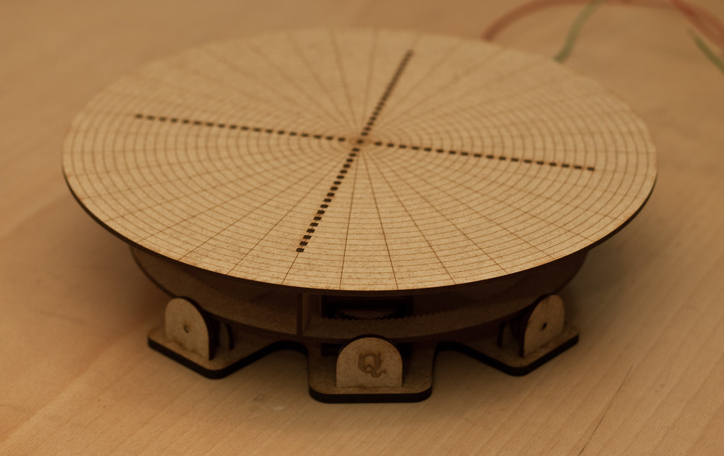 Rotating Table v2 | I decided to try a different approach on… | Flickr