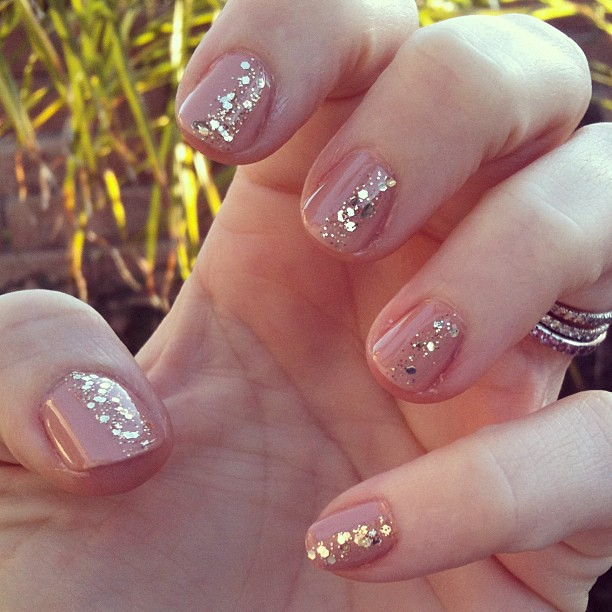 Same chunky glitter stripe on nude nails = subtle glamour ...
