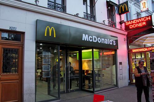 Mcdonald 39 s paris porte de pantin france a mcdonald 39 s res flickr - Fourriere porte de pantin ...
