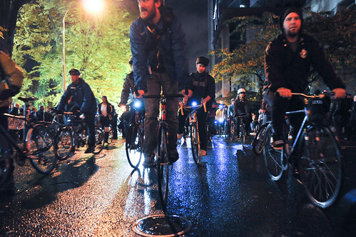 Occupy Portland bike swarm-24-23