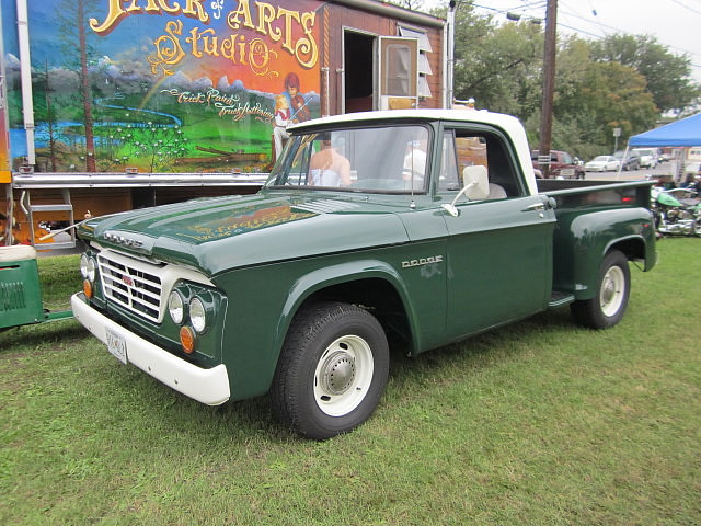 1962-64 Dodge D-100 | Could even be an early '65 with that ...