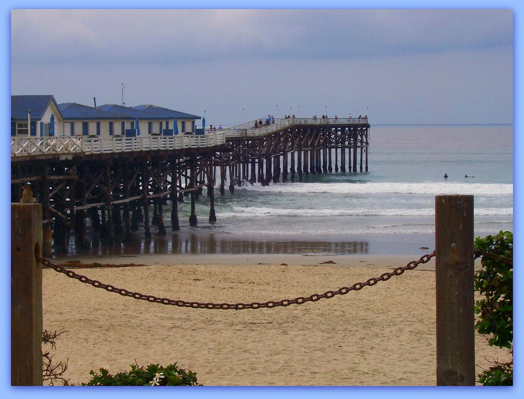 Brunch at crystal pier pacific beach ca all rights for Crystal pier fishing