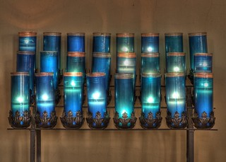 Mansfield, Ohio - St. Peter's Catholic Church Votive Candles | by Flickr Goot