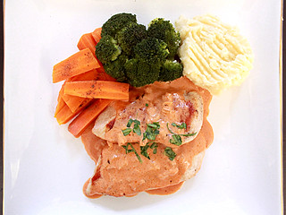 grilled chicken with creamy napolitana sauce | by inmystudio2011