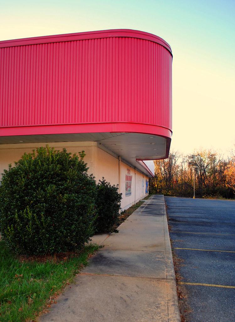 ... Chuck E Cheeseu0027s (former)   Lynchburg VA   By Trakked