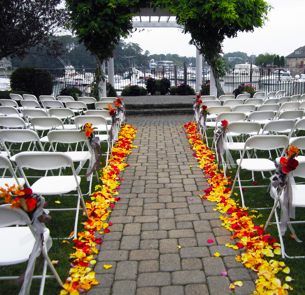 Flower Decorated Wedding Cakes