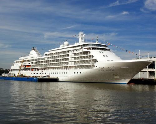 SILVER WHISPER Cruise Ship Manhattan Cruise Terminal Hudu2026 | Flickr