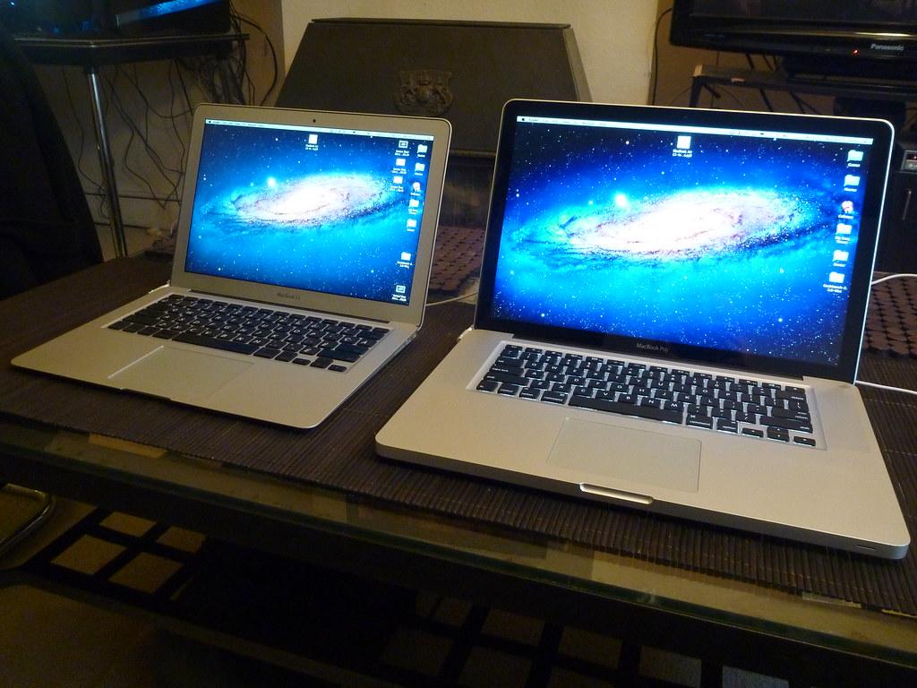 Macbook Air 13 Quot Mid 2010 Vs Macbook Pro 15 Quot Late 2011