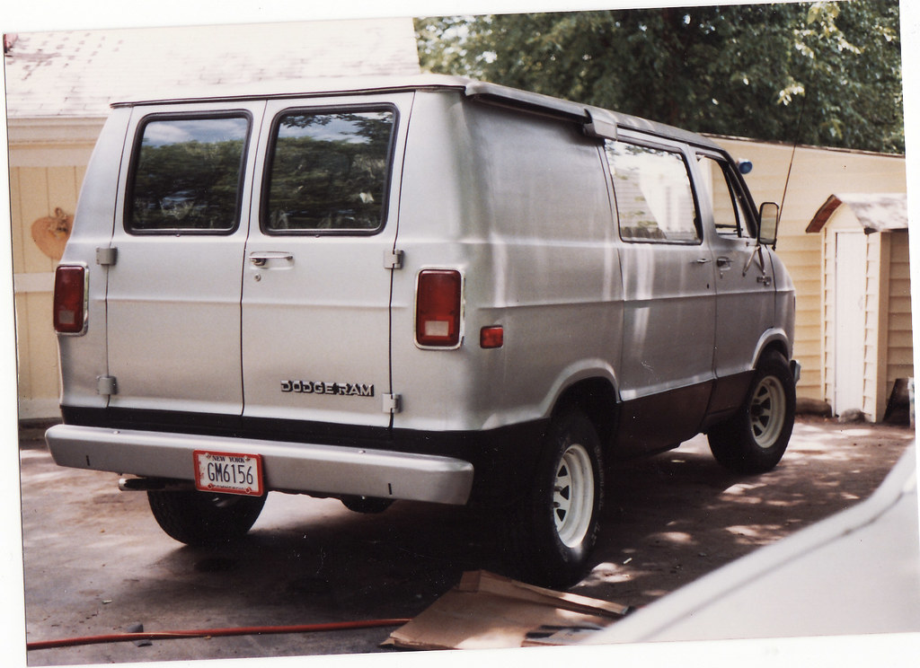 B D Fc B on 1989 Dodge Ram Van