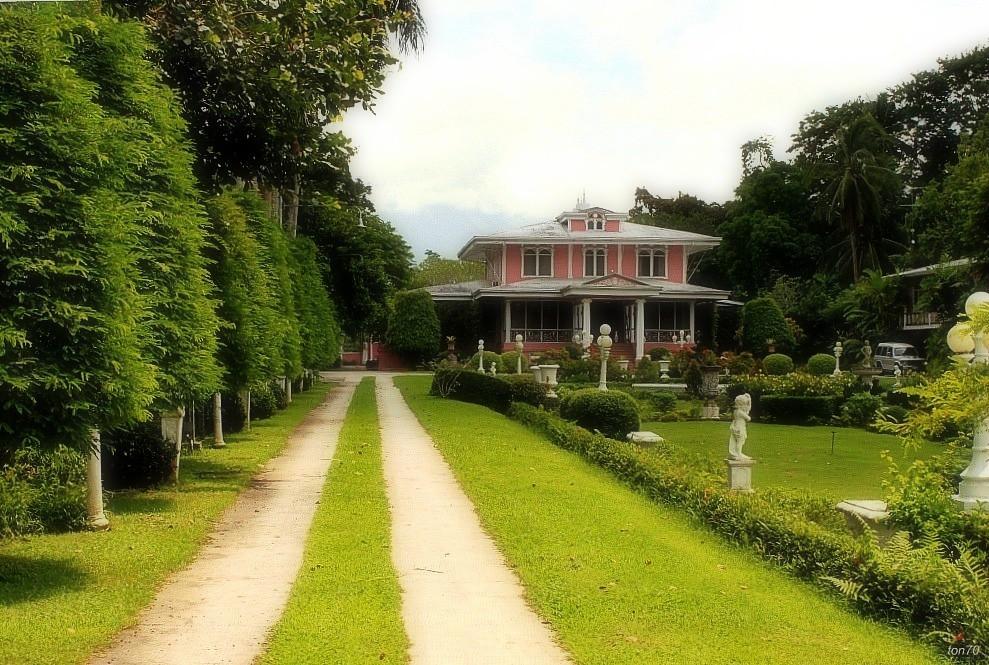 Villa escudero villa escudero plantations is 800 Villa escudero quezon province
