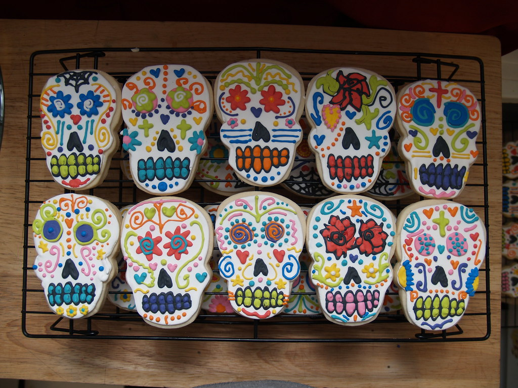 Day of the Dead Cookies | sugar Skulls | nicole danielson ...