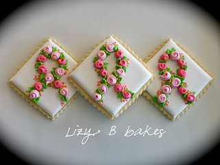 Pink ribbon cookies | by lizybbakes