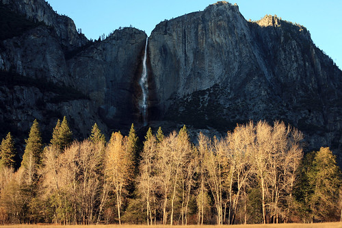 Yosemite Falls in Autumn sunlight | by broadswordcallingdannyboy