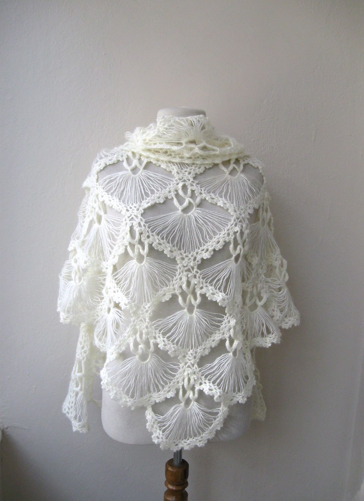 Hand crochet triangle lace shawl wrap neckwarmer mohair ya ...
