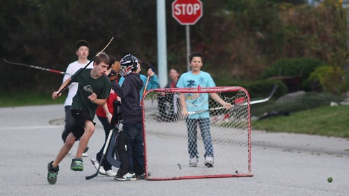 street hockey its free and its fun the kids in the