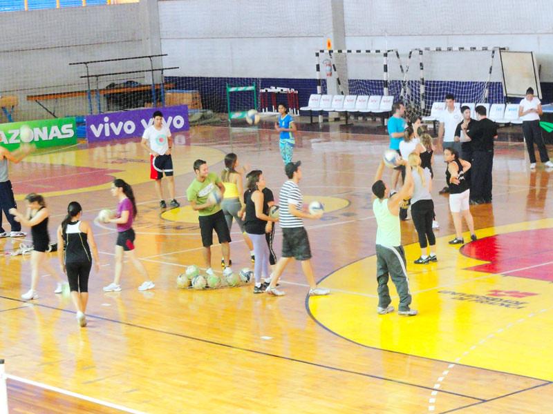 ... Unifran - 11 11 2011 - Educação Física  17d626ad9f276