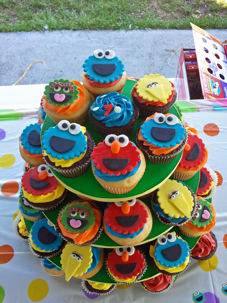 Sesame Street Character Cupcakes Frosted With Emotion