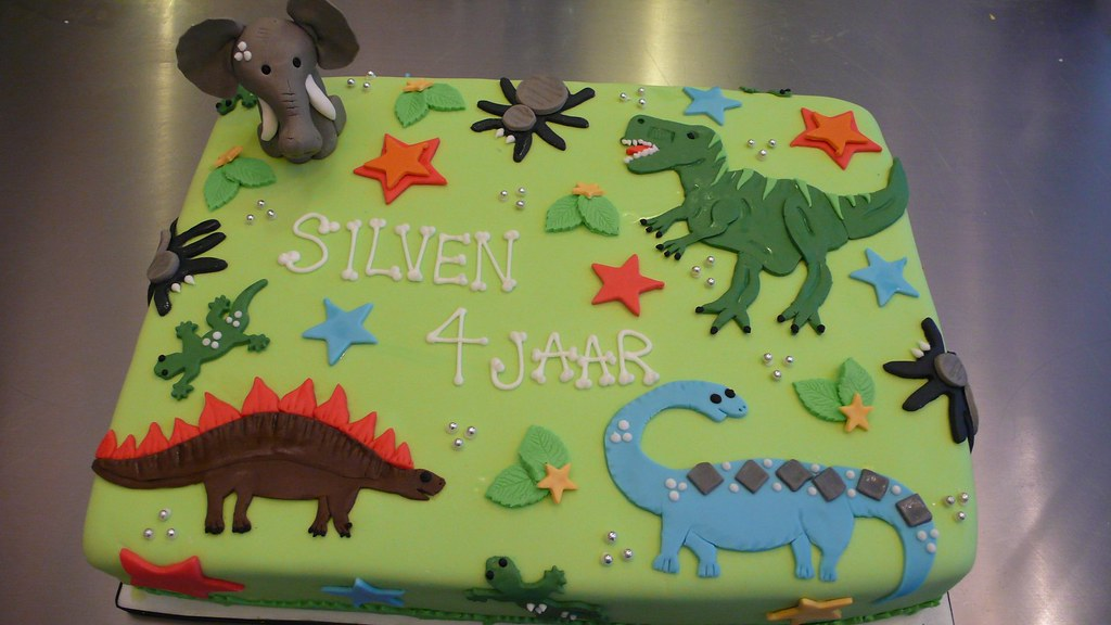 Dinosaur Birthday Cake Dinasaur birthday cake When his pa Flickr