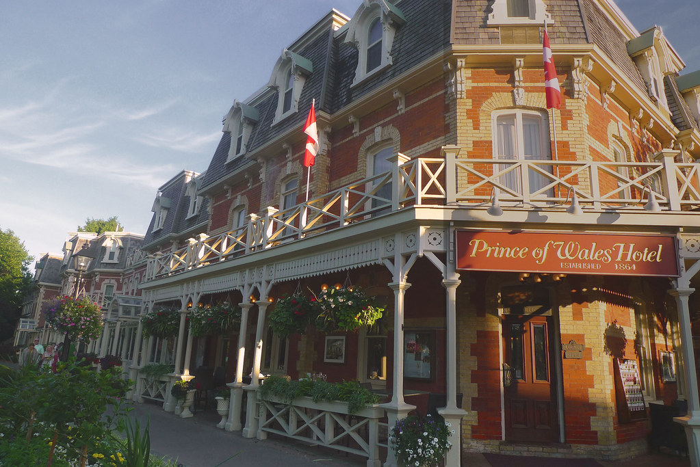 prince of wales hotel in niagara on the lake niagara on. Black Bedroom Furniture Sets. Home Design Ideas