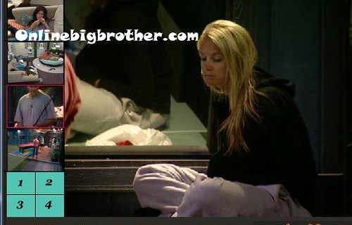 BB13-C3-8-8-2011-1_09_22.jpg | by onlinebigbrother.com