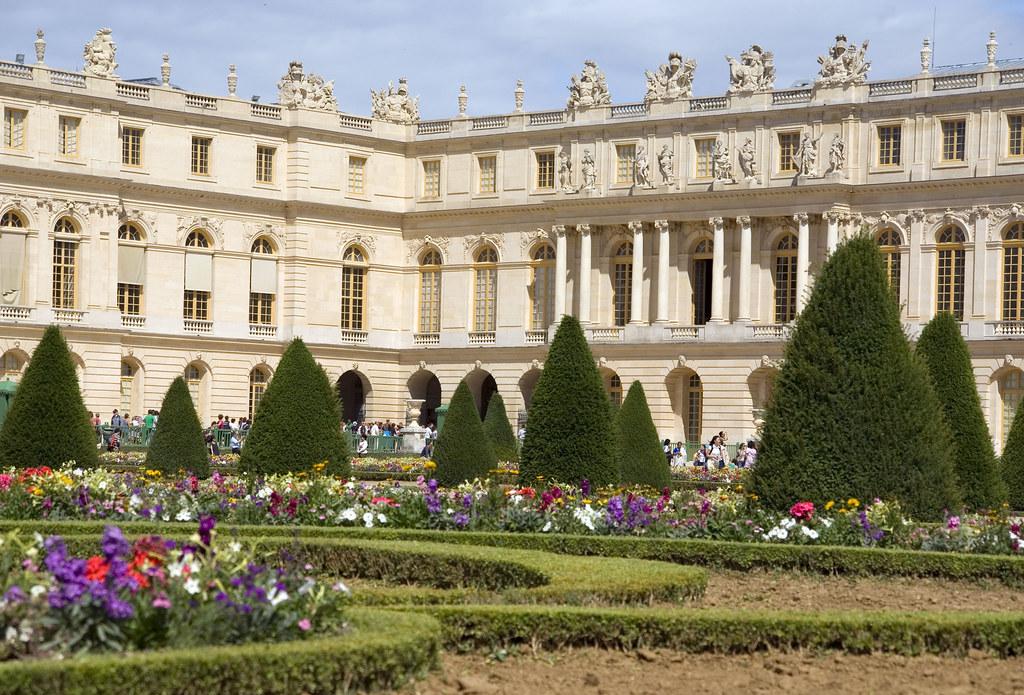 The parterre du sud chateau de versailles 29 photos for Parterre 3d