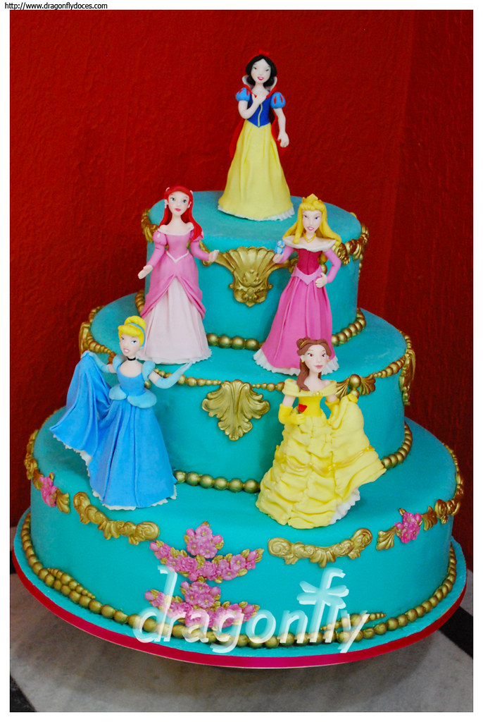 Princess Cake Bolo Princesas A Cake Inspired By Disney