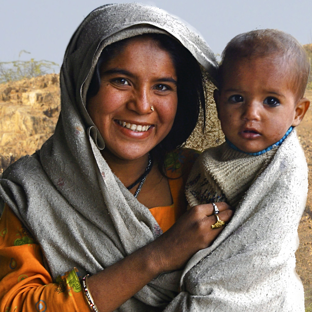 Indian mother and child | A mother and child I ...