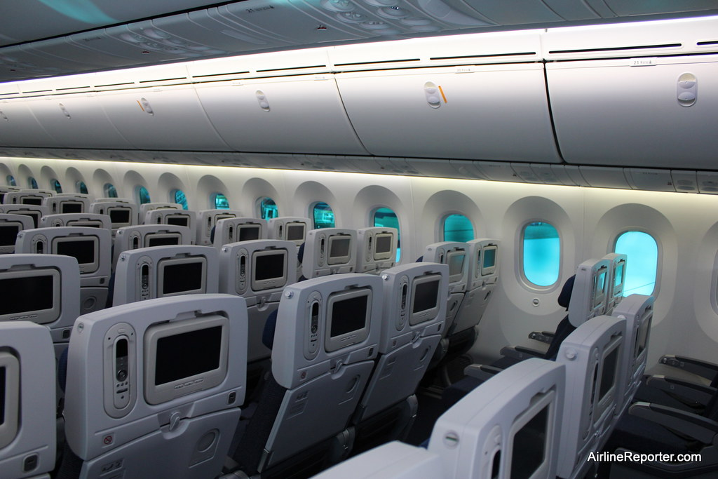 Interior Tour of ANA\'s First Boeing 787 Dreamliner | Flickr