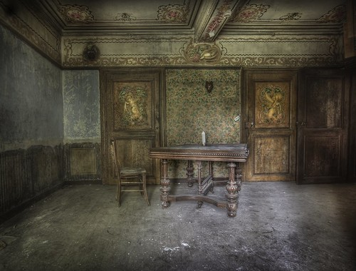ThE GingerbreaD HousE  :: | by andre govia.