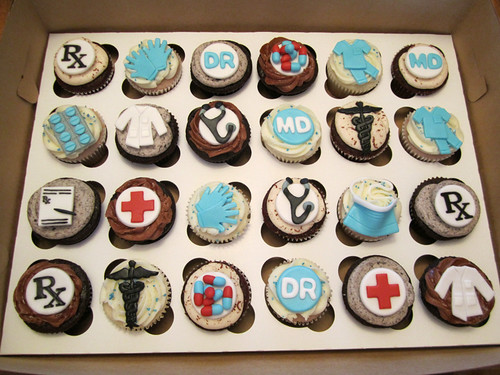 Medical School Graduate Cupcakes | by Cutie Cakes WY