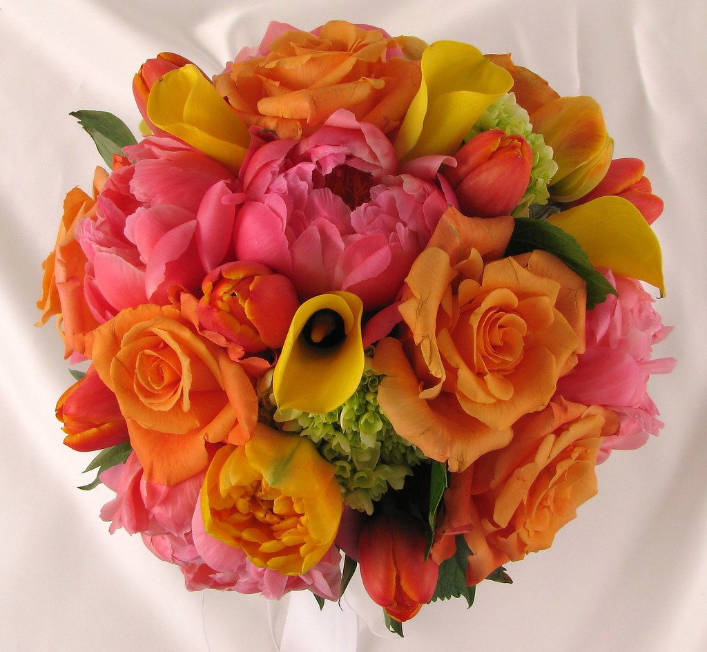 Mixed Flower bouquet | Mix of orange roses, yellow calla lil… | Flickr