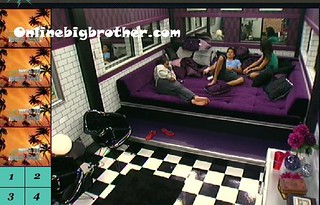 BB13-C4-7-24-2011-2_33_30.jpg | by onlinebigbrother.com