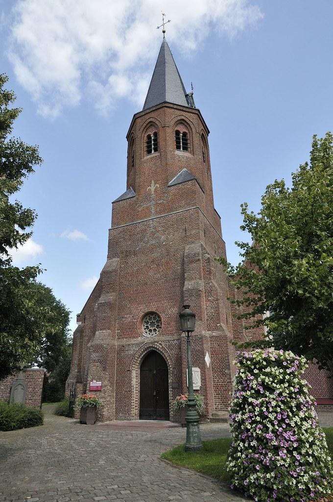 Afbeeldingsresultaat voor sint-martinuskerk oekene