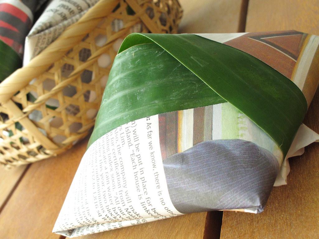 Image result for lukisan nasi lemak bungkus