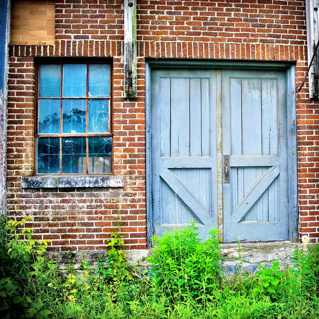 Warehouse door abandoned warehouse uploaded with for Door 3d warehouse