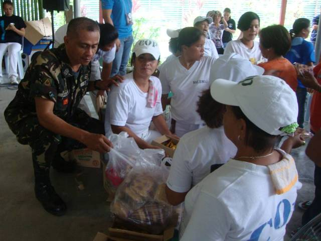 ... DISTRIBUTION OF GIFTS | by 10th Infantry Agila Division Philippine Army