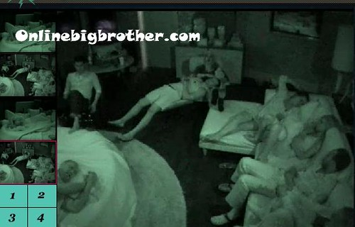 BB13-C4-7-20-2011-1_08_25.jpg | by onlinebigbrother.com