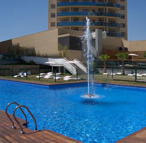 Residencial los abedules piscina residencial los for Piscina universidad alicante