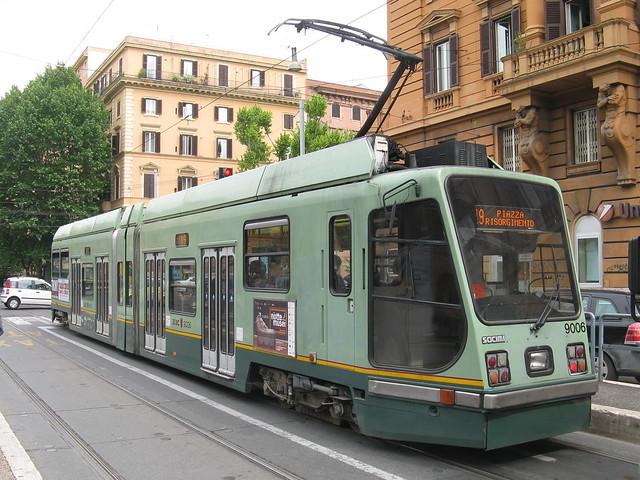 Atac socimi class 9000 tram no 9006 viale regina for Roma mobile atac