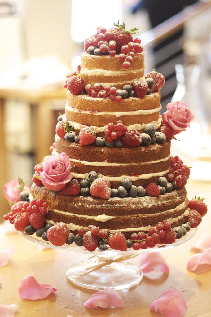 wedding cakes sponge sponge wedding cake 4 tiers of light 25512