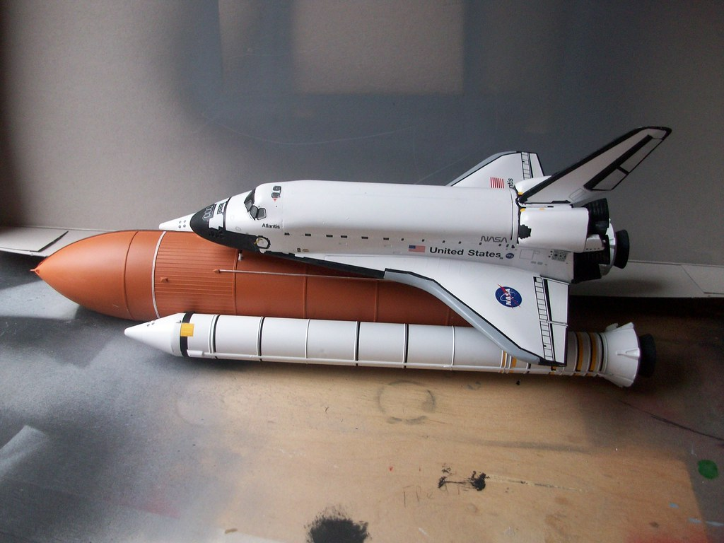revell germany space shuttle atlantis model kit - photo #15