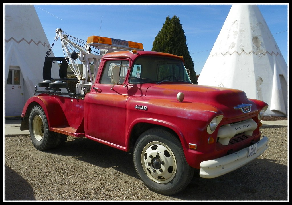Chevy Wrecker | This old tow truck may need a tow truck ...