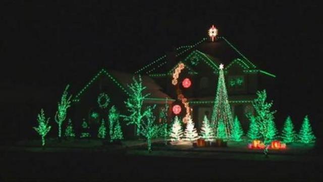 winter wonderland computer controlled christmas lights on vimeo by richard holdman by zuksene